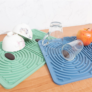Convenient Large Silicone Dish Drying Mat Reusable Draining Mat Non Slip Trivet Mat For Kitchen Easy Letting The Water Out